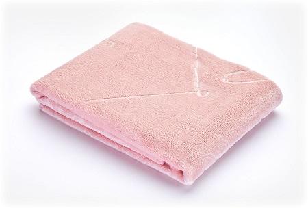 Kocyk tłoczony – różowy