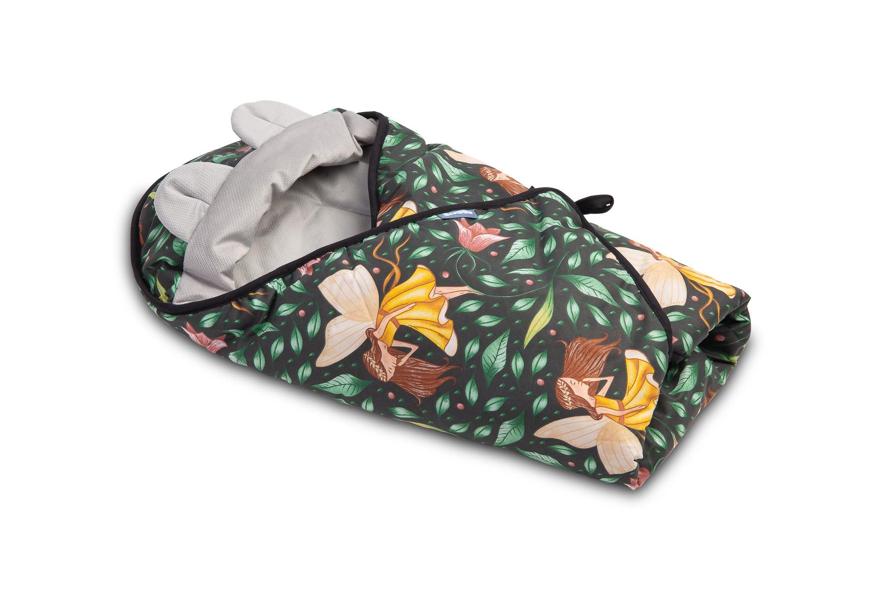 Velvet carry-cot swaddle blanket – green fairies